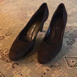 Burberry St.John Brown Suede Heels